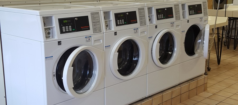 3 Tips for Washing Comforters in your Coin Laundry