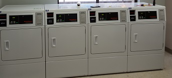 How to Use Commercial Laundry Machines | BDS Laundry