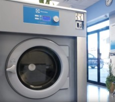 Video: How Electrolux Commercial Dryers Give Laundromat's the Competitive Edge